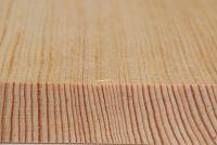 Kiefer (Pinus sylvestris): Querschnitt und tangentiale Oberfläche (natürliche Größe)